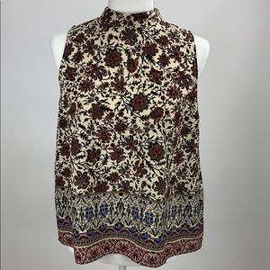 Collared Floral Sleeveless Shirt